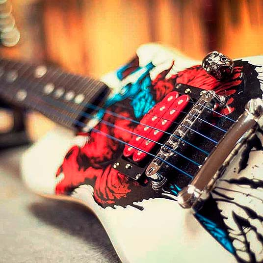 Marthink Guitars 04